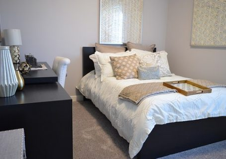 bedroom-1078890__340