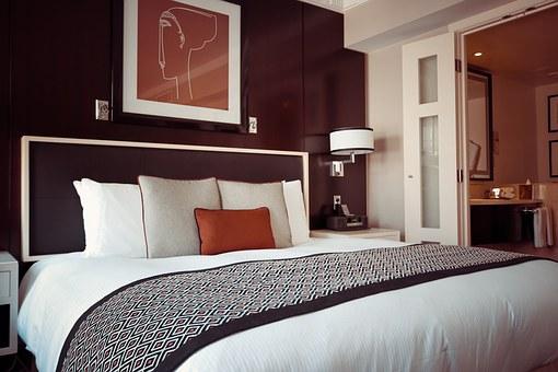 hotel-room-1447201__340