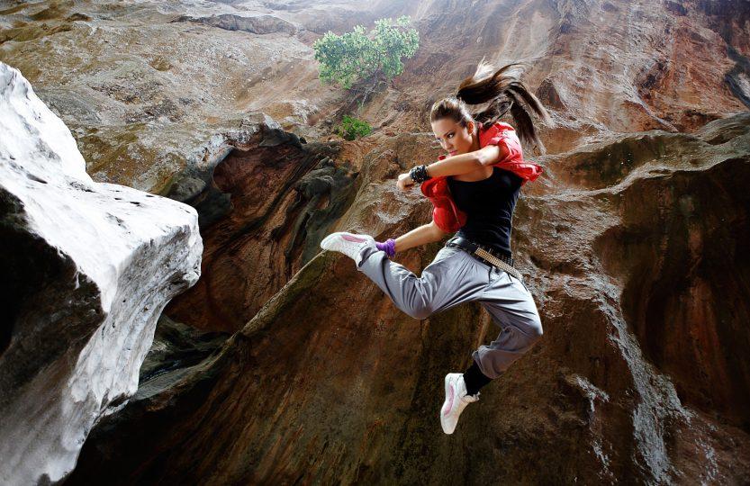 jump-1461111_1920
