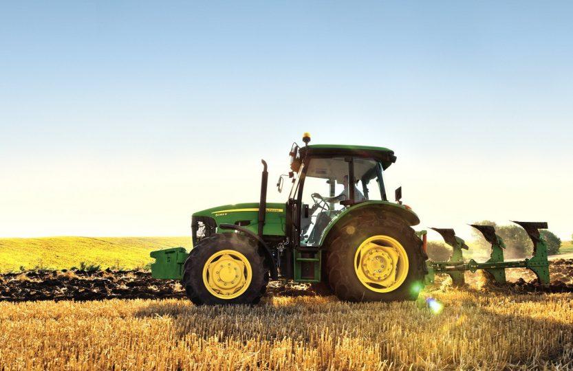 Tractor 5083E
